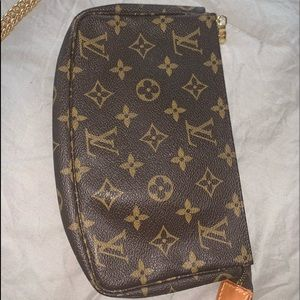 Gently loved LV Mono bag or crossbody with chain
